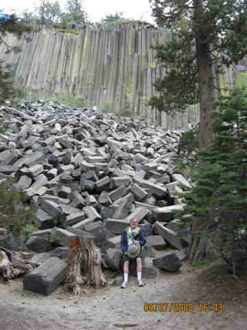 Devils Post Pile National Monument. Photo by the Keatons, June 2008