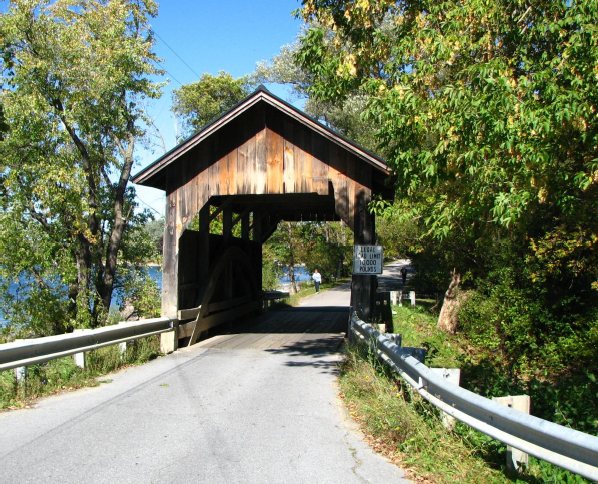 Lakeshore Covered Bridge