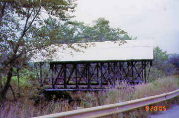 Lord's Creek Bridge. Photo by Liz Keating, September 20, 2005