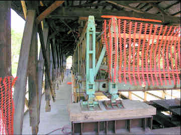 Mechanic Street Bridge. Photo by Bob Griner, May 28, 2006