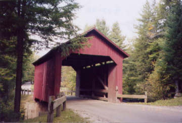Moseley Covered Bridge 45-12-07. Photo by Liz Keating, September 17, 2006