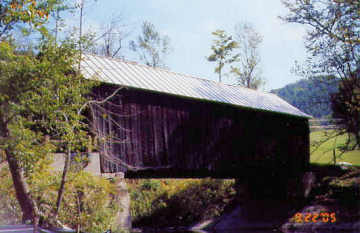 Moxley Bridge. Photo by Liz Keating, September 22, 2005