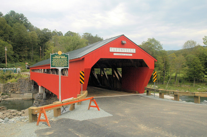 Taftsville Bridge. Photo by Joe Nelson September 7, 2013
