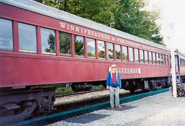 Winnipesaukee RR. Photo by Liz Keating, September 18, 2005